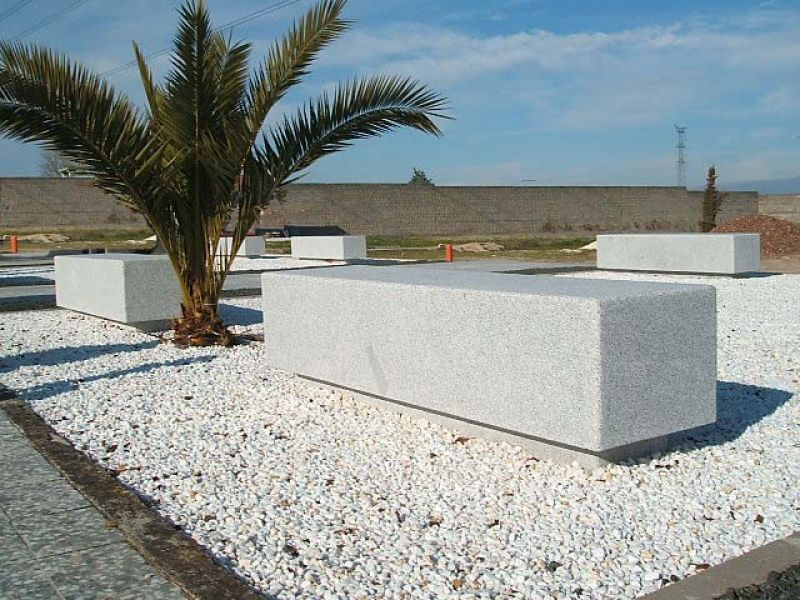 for Bancos de granito para jardin